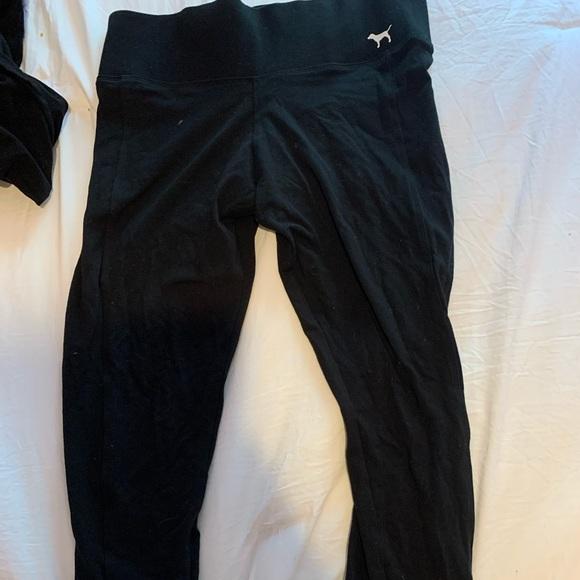 PINK Victoria's Secret Pants - VS PINK cropped leggings